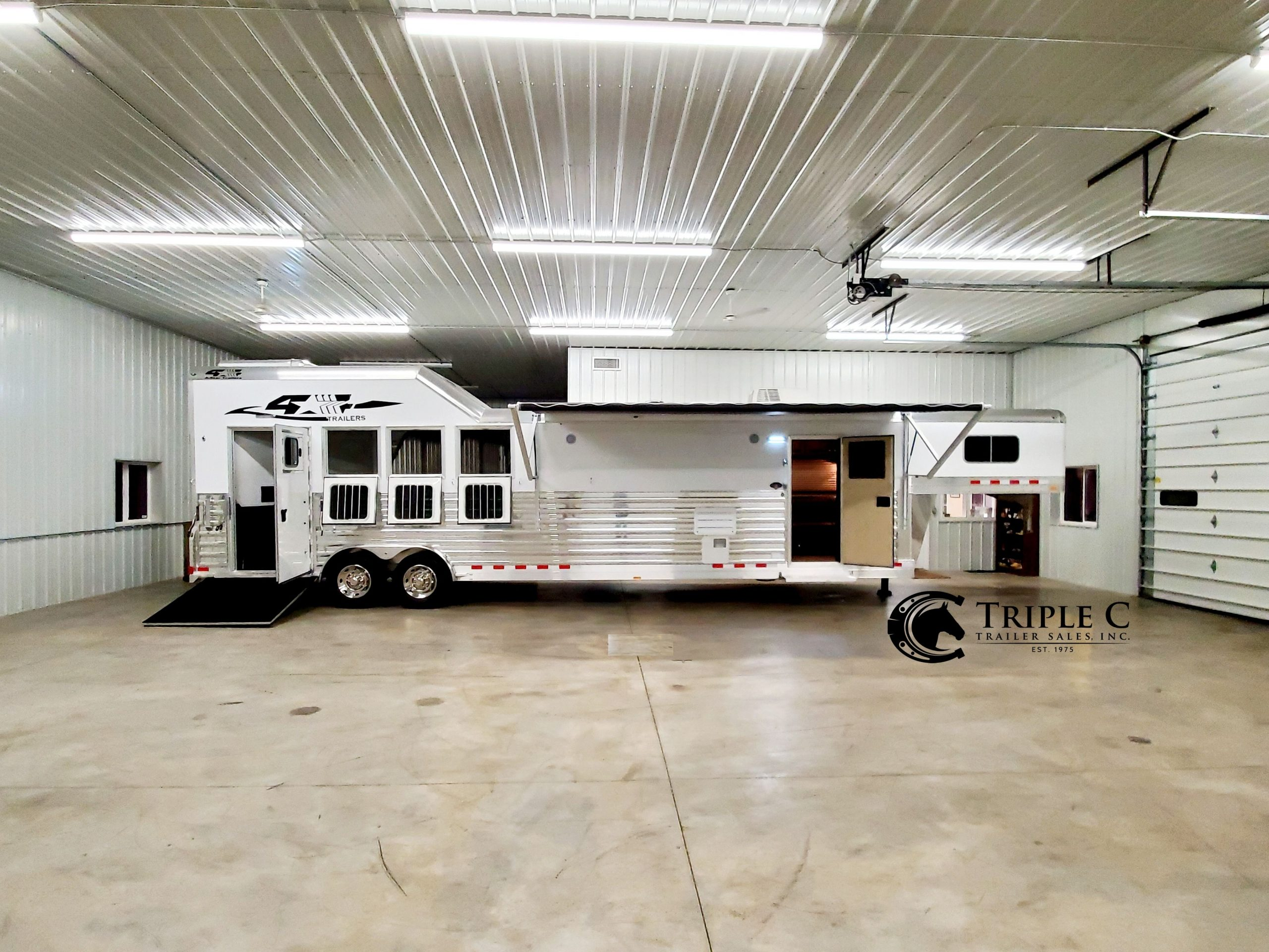 4-Star Trailers - Triple C Trailer Sales - home slider 5